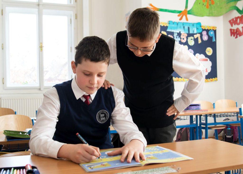 Beehive International School zahájilo kooperaci s American Academy Praha