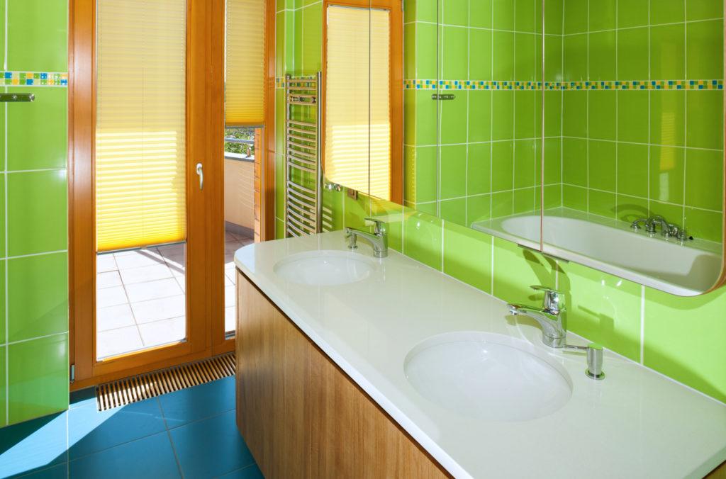 Maximální soukromí v koupelně vyřeší elegantní plisé