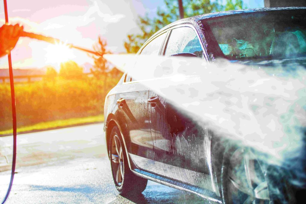 Umyjte své auto s chytrou aplikací od MOL