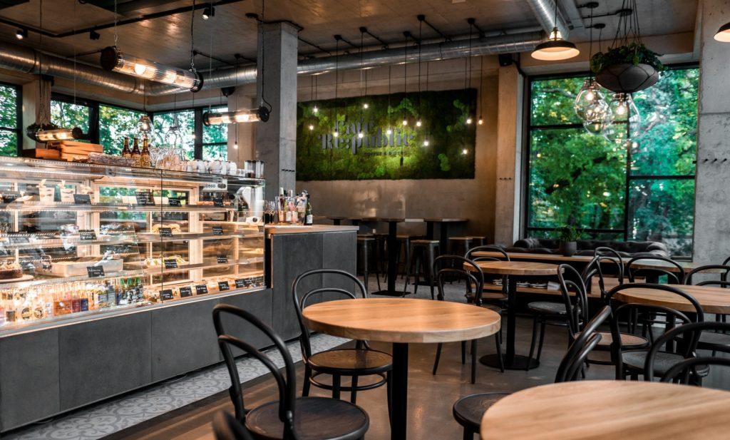 Na Petřín nyní i do nové kavárny