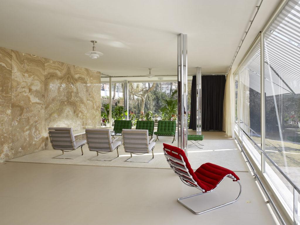 Vila Tugendhat představí fotografie architektury Miese van der Roha očima berlínské fotografky Ariny Dähnick