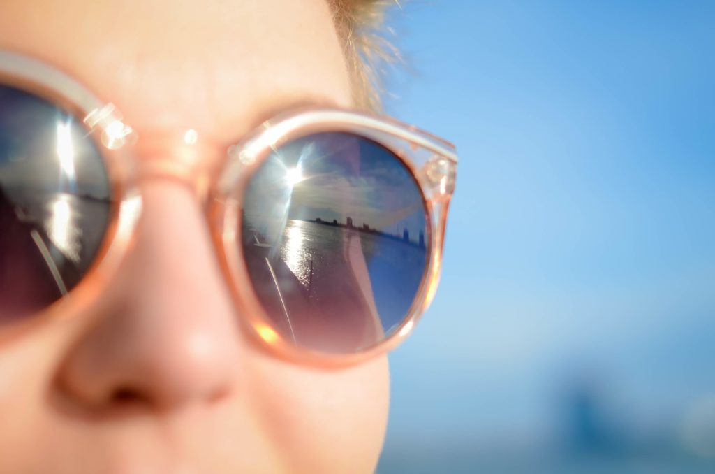 Ochrana očí může zpomalit šíření nákazy