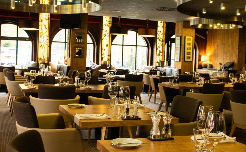 Láhev šampaňského v restauraci Savoya zdarma