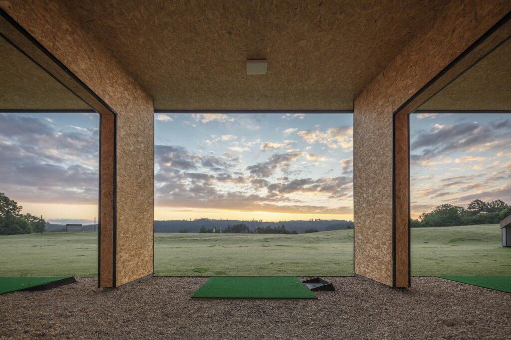 Přijďte si užít golf na nově otevřené hřiště v Dobrouči