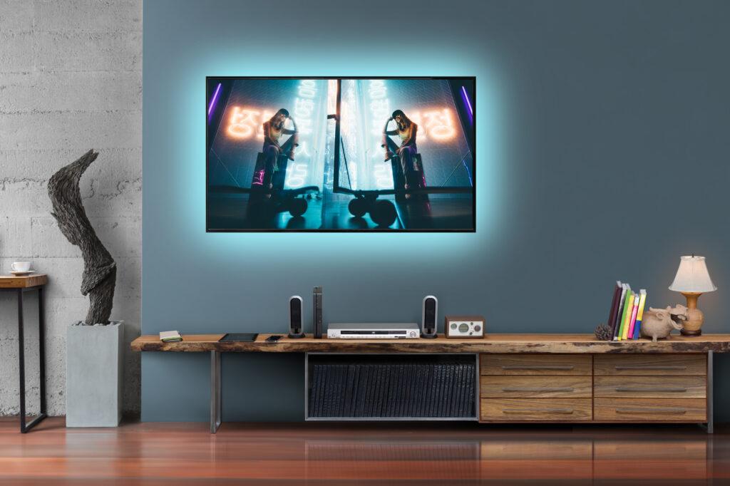 Značka osvětlení Retlux přichází na trh s USB LED pásky pro podsvícení televize