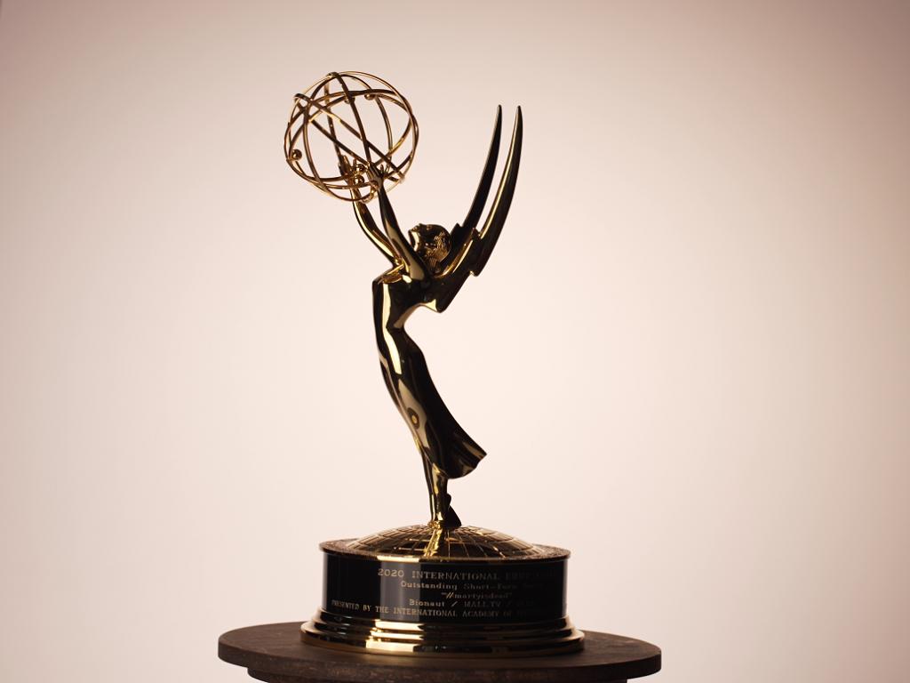 "Tvůrci seriálu #martyisdead rozbalili ""televizního Oscara"""
