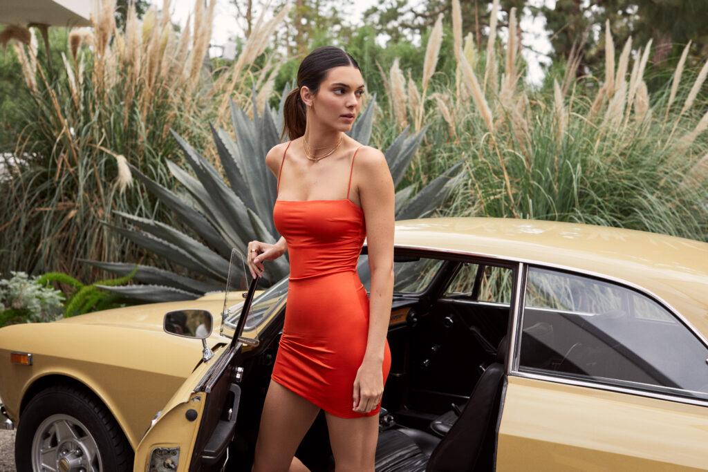 ABOUT YOU spouští svůj první drop s Kendall Jenner – exkluzivní nabídku trvající pouze 72 hodin