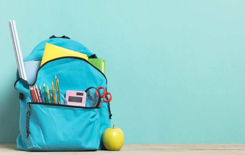 Naprostá většina prvňáčků se dočká nového školního batohu