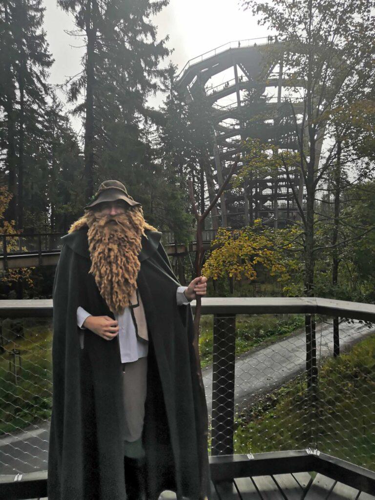 Bájný duch hor Krakonoš na Stezce korunami stromů Krkonoše