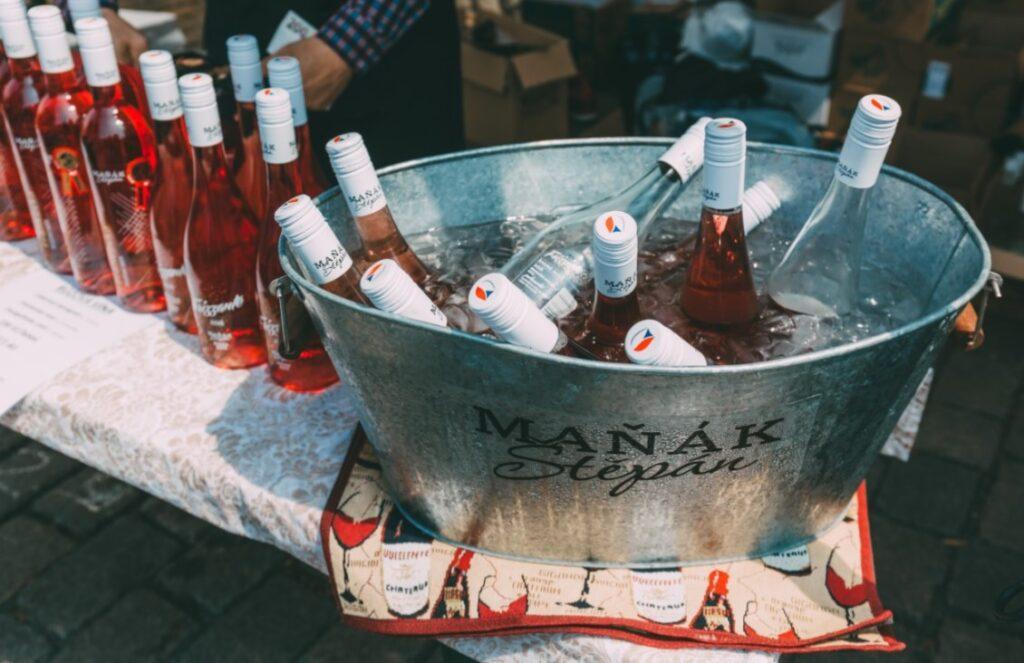 Jubilejní ročník festivalu růžových vín je tady