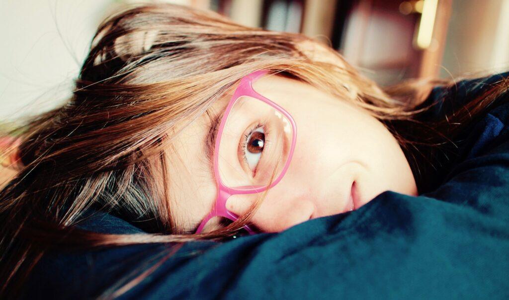 Přibývá prvňáčků s oční vadou