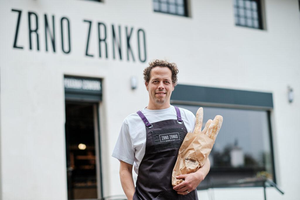 Nové pekařské kavárny Zrno zrnko lákají na řemeslnou a ruční kvalitu. Slibují gastronomický zážitek